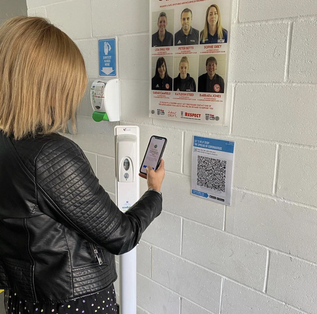 QR CODE IN PLACE!
